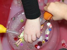 A preschool science activity perfect for a fairy tale theme! Children explore how to melt ice in order to rescue the ice queen and treasure.