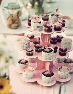 Cup cakes pink