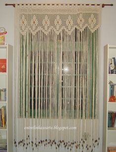 Between Lines and Art: Crochet Barbette Curtain Crochet Curtains, Crochet Doilies, Crochet Lace, Weaving Projects, Crochet Projects, Macrame Curtain, Curtain Patterns, Crochet Home Decor, Crochet Stitches Patterns