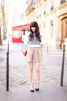 white&black striped sweater + nude cotton full skirt + red chain purse + double strapped heels