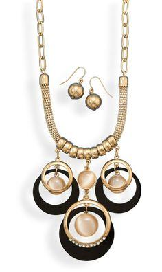 The BRC Store - Gold tone geometric fashion set, $25.90 (http://www.thebrcstore.com/gold-tone-geometric-fashion-set/)