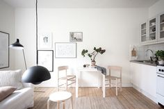 A light and soothing small Swedish home