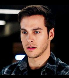 The Network for all things related to Mon-El of Daxam. Pretty Men, Pretty Boys, Jack Riley, Tvd Kai, The Carrie Diaries, Novel Characters, Vampire Diaries Funny, Cw Series, Chris Wood