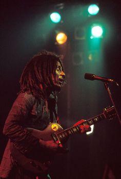 Bob Marley by Kwame Brathwaite. Bob Marley Art, Bob Marley Legend, Soul Music, Music Is Life, Bob Marley Pictures, Marley Family, Marley And Me, Robert Nesta, Nesta Marley