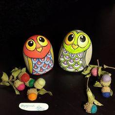 Good night... İyi geceler.... #taşboyama #stonepainting #rockpainting #pebblepainting #pebbleart #paintedrocks #paintedstones #paintedpebbles #piedraspintadas #sassidipinti #illustration #owls