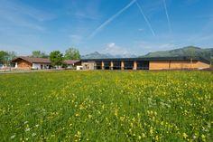 Die besten Ausflugsziele im Tiroler #Kaiserwinkl #tirol #hotelpeternhof #peternhof #kössen #koessen #frühling #reiten #alpen #reithalle #landschaft