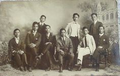 http://www.orosa.org/images/Oldies/Pinoy_dudes_early_1900s.jpg