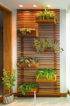 vertikaler garten 30 Amazing DIY Vertical Garden Ideas Ideas - Diy And Crafts Vertical Garden Design, Vertical Gardens, Back Gardens, Outdoor Gardens, Small Vertical Garden Ideas, Vertical Bar, Garden Wall Designs, Jardim Vertical Diy, Pergola Diy