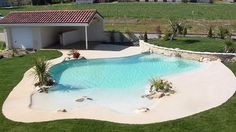 Check tons of stunning beach entry pool ideas that will totally inspire you to have one! Pick the best one and build your dream pool now! Natural Swimming Pools, Swimming Pools Backyard, Swimming Pool Designs, Pool Landscaping, Beach Entry Pool, Backyard Beach, Beach Pool, Zero Entry Pool, Modern Backyard