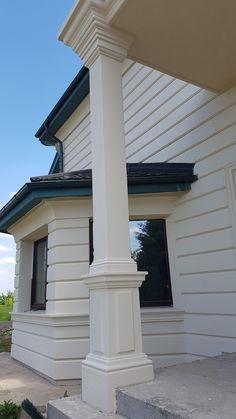 Classic House Exterior, Colonial Exterior, Classic House Design, Grill Door Design, Main Door Design, Roof Design, House Outside Design, House Front Design, Modern Villa Design