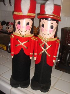 toy soldiers I made from shrink wrap tubes