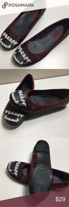 Vampire Flats Velvet filament Unique Item Punk Art hand made item. Only 100 pieces were made, none of them sold in the USA. Punk Rock Metal style. Doña Diabla Shoes Flats & Loafers