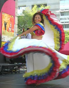 Colombian Dancing Salsa Dancing, Ballroom Dress, Countries Of The World, South America, Travel Inspiration, Culture, Country, Montessori, Fashion