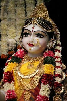 RADHA Krishna Hindu, Cute Krishna, Radha Krishna Pictures, Krishna Photos, Shiva Shakti, Hindu Deities, Hinduism, Lord Krishna Hd Wallpaper, Shree Krishna Wallpapers