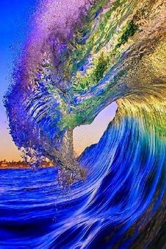 Beautiful Wave by Hercio Dias