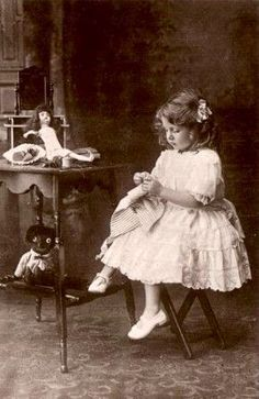 ЧУДЕСА ЖИВУТ СРЕДИ НАС: Старые фотографии детей с игрушками (часть 2)