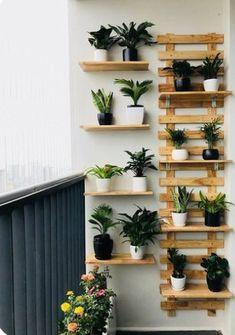 Small Balcony Design, Small Balcony Garden, Small Balcony Decor, Balcony Plants, Balcony Ideas, Narrow Balcony, Small Balconies, Balcony Gardening, Patio Design