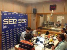 Foto de: La Gazpachería Andaluza. (20/06/2014) En el programa Hoy por Hoy de Radio Sevilla con Salomón Hachuel, guia el comensal, Julio Abantal y La Gazpachería Andaluza #Músicaemoción