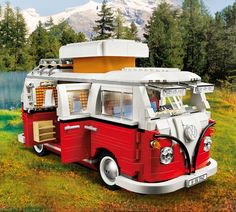 LEGO Creator VW T1 Camper Van (10220) Lego Camper Van, Vw T1 Camper, Volkswagen, Building Blocks Toys, Lego Building, Build Your Own House, Lego Creator, Car Set, Roof Rack