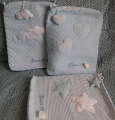 sacchetti portabiancheria Nappy Wallet, Baby Girl Boutique, Baby Box, Baby Sewing, Baby Accessories, Baby Hats, Baby Knitting, Baby Dress, Applique