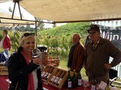 Je proeft het! Mmmm, Uit de wijngaard op @GrootHolthuizen! #kampioenswijn #Zevenaar #wijn. Groot Holthuizen Proeft! op zaterdag 21 september 2013. via twitter @Anja van .