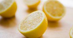 Eine halbe Zitrone, heißes Wasser – fertig ist der ideale Detox-Drink für den Morgen. Wir erklären, warum die heiße Zitrone so gesund ist!