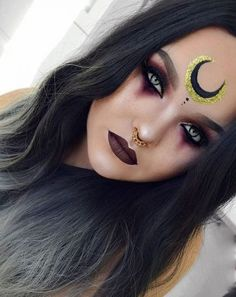 ideas makeup halloween witch eyes Ideen Make-up Halloween Hexenaugen Witchy Makeup, Halloween Makeup Witch, Halloween Eyes, Halloween Inspo, Halloween Makeup Looks, Halloween Costumes, Diy Witch Costume, Pokemon Halloween, Witch Cosplay