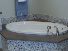 Advantages of Walk-In Bathtubs - Walk-in bathtubs are often recommended for the elderly, the disabled and anyone who wants to take a bath with less trouble. The advantages of walk-in bathtubs over regular tubs and showers inspire many to install these tubs into their bathrooms.