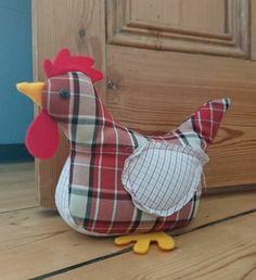 ein Huhn mit karierten Muster, gelbe Schnabel und Beinchen   Türstopper nähen
