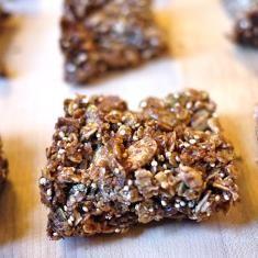Crunchy Cinnamon Granola Bars