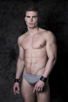 Men in underwear: Photo Walmart Funny, Underwear Brands, Men's Underwear, Le Male, Male Form, Body Inspiration, Hairy Men, Sport, Male Beauty