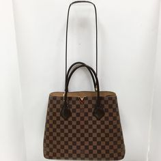 Title:Louis Vuitton Ebene Damier Kensington Tote from Spring'15  Price:$1349.99 Item #:19136-137 Location: Buckhead To purchase call  770.390.0010 ex 1  #alexissuitcase #buckhead #atl #atlantaconsignment #thriftatl #resale #highenddesigner #consignment #luxury #designer #resaleatlanta #boutique #atlanta #fashioninspiration #shopmycloset #upscaleresale  #fashion #style #louisvuitton #louisvuittondamier