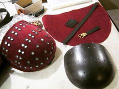 Whole-hammered spaulders for Spanish brigandine of the XIV century. Made of coldrolledsteel , covering with velvet , supplied with leather belts and brass buckles. steelmastery armour handcrafted medievalarmour bodyprotection