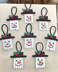SALT DOUGH ORNAMENTS - these salt dough handprint ornaments are such a cute keepsake! Make these as Christmas gifts. Popsicle Stick Christmas Crafts, Christmas Crafts For Kids, Diy Christmas Ornaments, Christmas Projects, Kids Christmas, Holiday Crafts, Christmas Gifts, Christmas Decorations, Popsicle Sticks