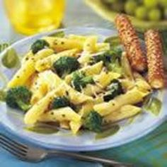 Broccoli and Garlic Penne Pasta ~  1 cup Swanson® Chicken Broth  1/2 teaspoon dried basil leaves, crushed  1/8 teaspoon ground black pepper  2 cloves garlic, minced  3 cups broccoli flowerets  4 1/2 cups hot cooked penne pasta (medium tube-shaped pasta), cooked without salt  1 tablespoon lemon juice  2 tablespoons grated Parmesan cheese