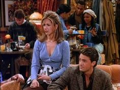 "Here Are All 90 Outfits Rachel Green Wore On The First Season Of ""Friends"""