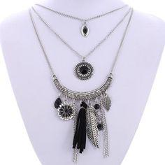 Vexxel Chain Tassel Necklace