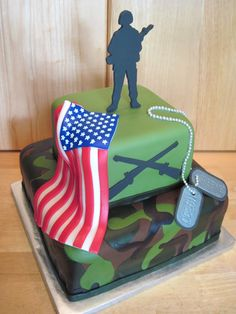 Grooms cake but what a great cake for any homecoming soldier, birthday for a Vet, etc. Army Birthday Cakes, Army Birthday Parties, Army's Birthday, Birthday Ideas, Camouflage Party, Camo Party, Party Party, Army Cake, Military Cake