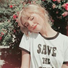 Get in touch with Rei Aesthetic People, Aesthetic Girl, Pretty People, Beautiful People, Western Girl, Tumblr Girls, Ulzzang Girl, Look Cool, Girl Photos