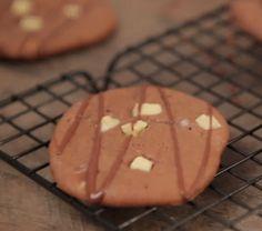 Cookies Três Chocolates: meio-amargo, ao leite e branco!  ô delícia!