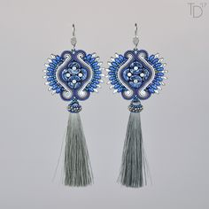 »Shahrazad« soutache earrings by Tereza Drábková