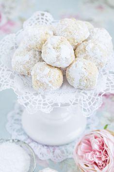 Schmand biscuits – Lisbeths – Desserts World Keks Dessert, Dessert Oreo, Oreo Desserts, Lemon Desserts, Dessert Bars, Christmas Desserts, Chocolate Desserts, Mini Desserts, Halloween Desserts
