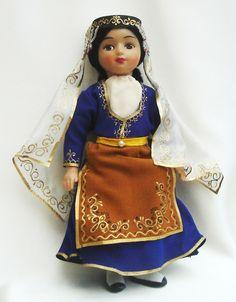 ARMENIA.   www.worldcostumedolls.com
