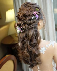 Wedding hairdo Fishtail half up half down hairstyle for Eileen on her actual day wedding Wedding Hair Colors, Hairdo Wedding, Wedding Hair Down, Braid Half Up Half Down, Braided Half Up, Bride Hairstyles, Down Hairstyles, Hairstyle Ideas, Hair And Makeup Artist