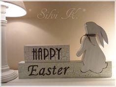 erhältlich hier: http://de.dawanda.com/product/57540359-happy-easter-39cm-x-23cm-hase---osterhase Ostern, Osterhase, Happy Easter, Frohe Ostern, Handarbeit aus Holz, Silvi K.