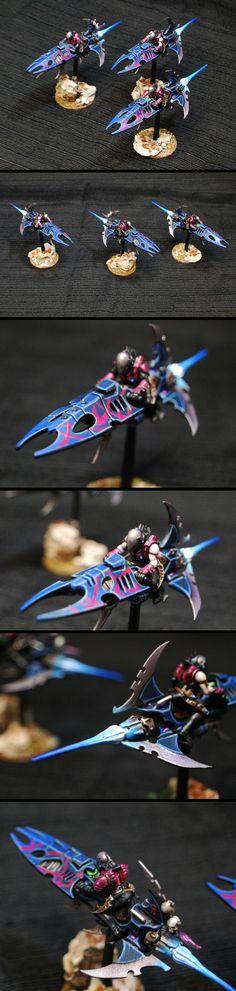 Dark Eldar Reaver Jet Bikes Warhammer 40k Dark Eldar, Warhammer 40000, Moto Jet, The Horus Heresy, Warhammer Models, Inspirational Artwork, Mini Paintings, Paint Schemes, Fantasy Characters