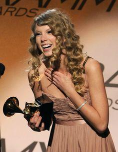 Win an award Taylor Swift Speak Now, Estilo Taylor Swift, Taylor Swift Album, Taylor Alison Swift, Selena, Miss Americana, Swift Photo, Red Taylor, Taylor Swift Pictures