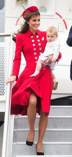 In April 2014, Kate carried Prince George when they first landed in New Zealand for their royal tour.