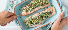 Gevulde zalm met spinazie - Leuke recepten Fish Recipes, Healthy Recipes, Fish Dishes, Avocado Toast, Zucchini, Dinner Recipes, Food And Drink, Low Carb, Favorite Recipes