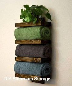 p/neue-diy-badezimmer-speicherideen-diystorage delivers online tools that help you to stay in control of your personal information and protect your online privacy. Towel Rack Bathroom, Bathroom Shelves, Bathroom Storage, Bathroom Cabinets, Bath Shelf, Restroom Cabinets, Towel Storage, Diy Storage, Storage Ideas